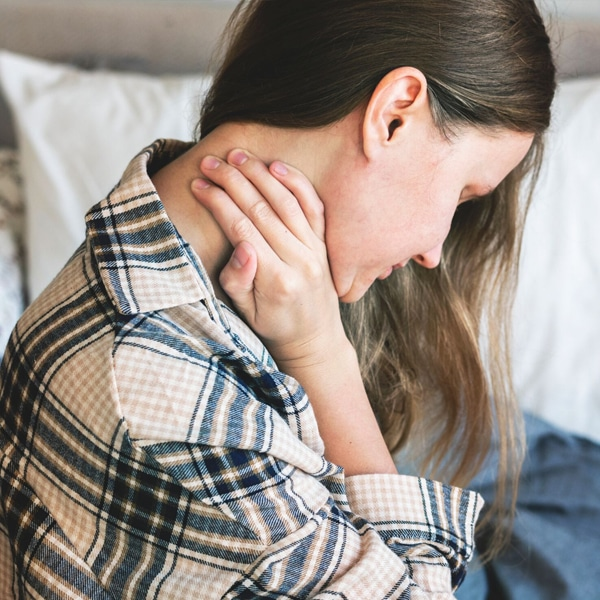 neick-shoulder-pain